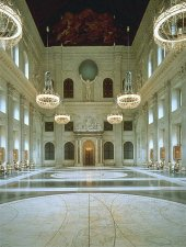 Attractions in Amsterdam: Dam Palace